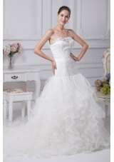 Appliques Court Train Mermaid Strapless Wedding Dress
