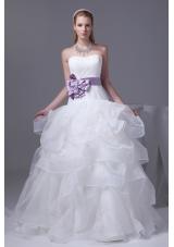 Lace Appliques Hand Made Flower Ruffles Wedding Dress