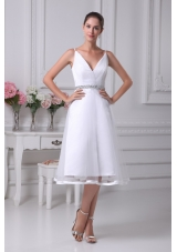 2013 Discount V-neck Short Wedding Dress with Beaded Decorate Waist