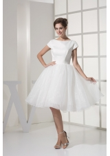 White Knee-length Scoop A-line Bodice Bridal Gowns For Out Door Wedding