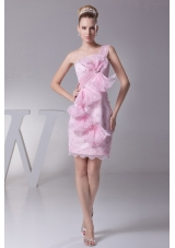 Bowknot and Ruffles Decorated Single Shoulder Prom Gown with Lace Hemline