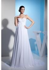 White Sweetheart Appliques Beaded Wedding Dresses Court Train