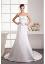 Bowknot Accent Waist Strapless Bridal Dresses with Court Train