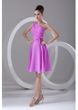 Single Shoulder Knee-length Ruching Chiffon Prom Dresses in Lilac
