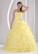 Light Yellow Ruffles Sweetheart Appliques and Ruch Quinceaners Gowns For Military Ball