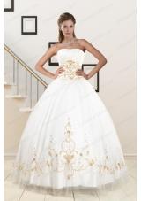 2015 Spring Elegant Modest Beading Quinceanera Dresses in White