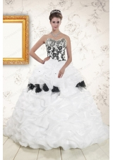2015 Hot White Sweet 15 Dresses with Pick Ups and Hand Made Flowers