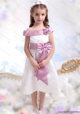 Off The Shoulder White Little Girl Pageant Dresses with Flower and Bowknot