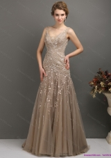 Sexy 2015 Feminine Empire Prom Dress with Brush Train and Appliques
