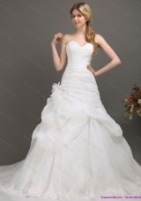 White Sweetheart Ruching Bridal Gowns with Chapel Train and Hand Made Flower