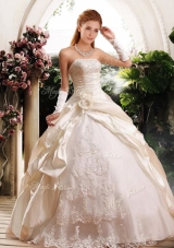 2016 Ball Gown Strapless Wedding Dresses with Appliques