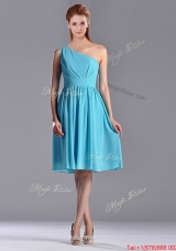 Popular Chiffon Baby Blue Knee Length Bridesmaid Dress with One Shoulder