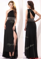 Fashionable One Shoulder Beaded High Slit Prom Dress in Black