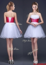 2017 Popular White Short Prom Dress with Beading and Red Belt