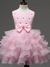 Sleeveless Knee Length Lace and Ruffled Layers and Bowknot Zipper Pageant Gowns For Girls with Baby Pink