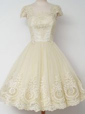 Exceptional Cap Sleeves Knee Length Lace Zipper Wedding Party Dress with Light Yellow