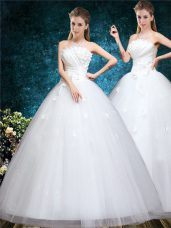 Luxurious Off The Shoulder Sleeveless Tulle Bridal Gown Appliques and Embroidery Lace Up
