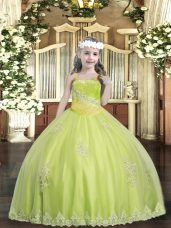 Sleeveless Tulle Floor Length Lace Up Little Girl Pageant Gowns in Yellow Green with Appliques and Sequins