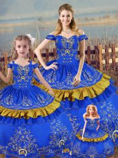Sleeveless Floor Length Embroidery Lace Up 15 Quinceanera Dress with Blue