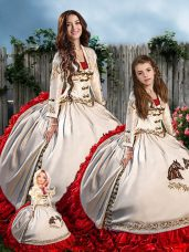 Sweetheart Sleeveless Quince Ball Gowns Floor Length Embroidery White And Red Satin