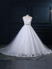 Most Popular White Sleeveless Tulle Brush Train Zipper Wedding Dresses for Wedding Party