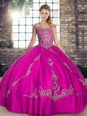 Off The Shoulder Sleeveless Tulle 15 Quinceanera Dress Beading and Embroidery Lace Up