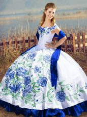 New Style Sleeveless Floor Length Embroidery and Ruffles Lace Up Ball Gown Prom Dress with Blue And White