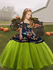 Olive Green Sleeveless Embroidery Floor Length Little Girl Pageant Gowns