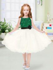 Fashionable Champagne Organza Zipper Flower Girl Dress Sleeveless Knee Length Sequins and Hand Made Flower