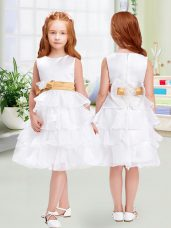 Dynamic White Empire Scoop Sleeveless Organza Knee Length Zipper Ruffled Layers and Bowknot Flower Girl Dresses for Less