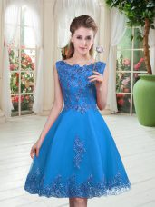 Blue Sleeveless Beading and Appliques Knee Length Prom Gown
