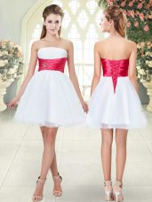Strapless Sleeveless Organza Homecoming Dress Beading Lace Up