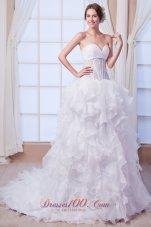 Sweetheart Court Train Organza Beading Wedding Dress