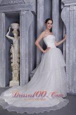 Elegant Princess Strapless Chapel Train Organza Wedding Dress
