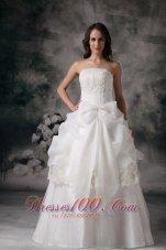 Elegant Wedding Dress Organza Appliques On Sale