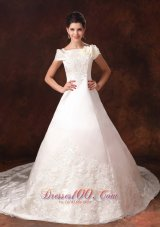 Elegant Appliques Off Shoulder Wedding Dress