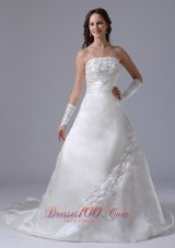 Strapless Embroidery Wedding Gown Ruched A-line Court Train