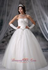 2013 Beaded Ball Gown floor length Tulle Wedding Dress