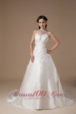 Ivory A-line Church Wedding Gowns Appliques Satin Winter