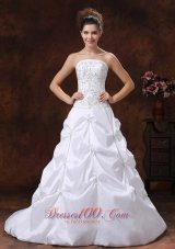 Strapless Embroidery Wedding Dress Appliques Bridal Gowns