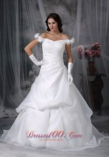 Off The Shoulder Appliques Sweep Wedding Dress Beaded