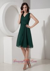 Hunter Green Princess V-neck Prom Minidress Ruch