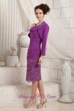 Eggplant Purple Column V-neck Knee-length Chiffon Appliques Mother Of The Bride Dress
