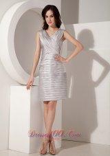 Silver Pleated V-Neck Taffeta Mother'S Dresses For Weddings