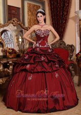 Appliques Wine Red Dresses for 15 Sweetheart Taffeta