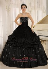 Appliqued Decorate Strapless Black Quinceanera Dress