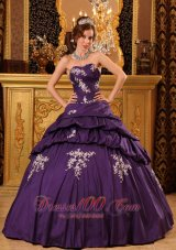 Trendy Purple Bead Appliques Sweetheart Quinceanea Dress