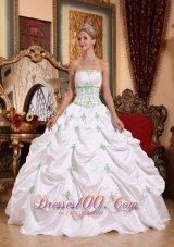 2013 White Quinceanera Dress Appliques Pick-ups