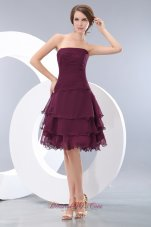 Layered Knee-length Burgundy Strapless Bridesmaid Dama Dress