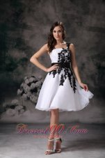 Black Appliques White A-line One Shoulder Homecoming Dress